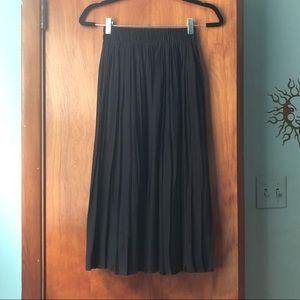 NWT Forever 21 midi skirt